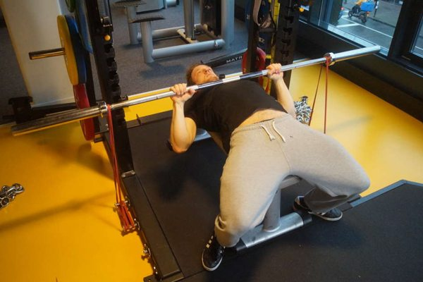 accommoderende-weerstand-bench press